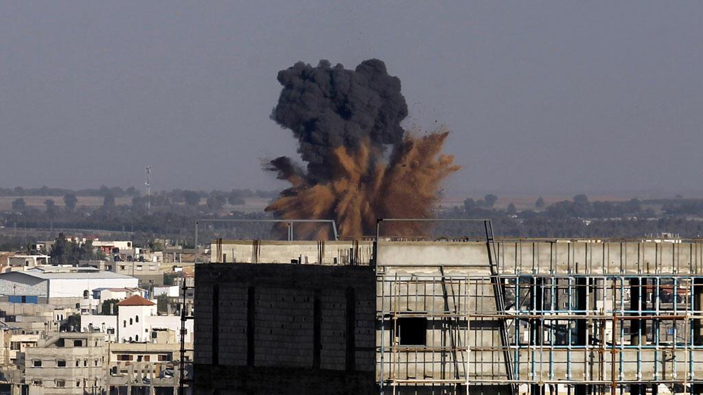 Après un raid israélien sur Rafah, le 19 août 2014.