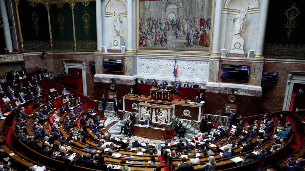 L'Assemblée nationale donne son feu vert au prolongement du passe sanitaire jusqu'à l'été2022