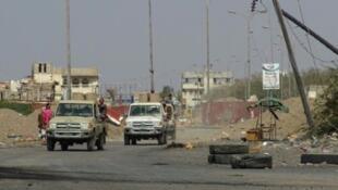 قوات موالية للحكومة اليمنية قرب مدينة الحديدة في التاسع والعشرين من كانون الأول/ديسمبر 2018
