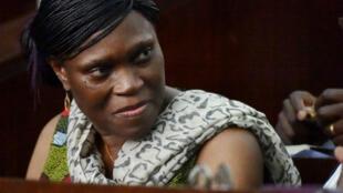 L'ex-Première Dame SImone Gbagbo lors de son procès pour crimes contre l'humanité à Abidjan, le 10 octobre 2016.
