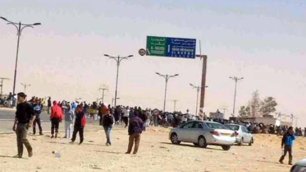 محتجون في مدينة ورقلة (جنوب) اشتبكوا مع قوات الأمن الجزائرية