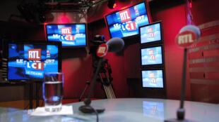 Le studio où étaot enregistrée l'émission Le Grand Jury RTL-LCI-Le Figaro en mars 2006 à Paris