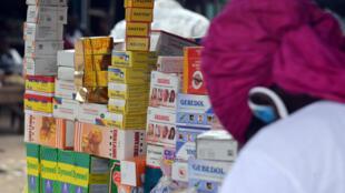 Mi-mars, cinq grossistes pharmaceutiques au Bénin ont été condamnés à quatre ans de prison pour trafic de faux médicaments.