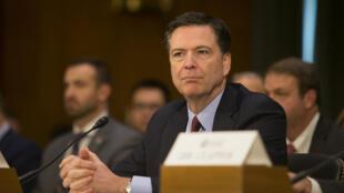 جيمس كومي مدير مكتب التحقيقات الفيدرالي