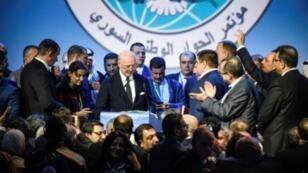 دي ميستورا يلقي كلمة في ختام مؤتمر حول سوريا عقد في سوتشي بروسيا في 30 ك2/يناير 2018