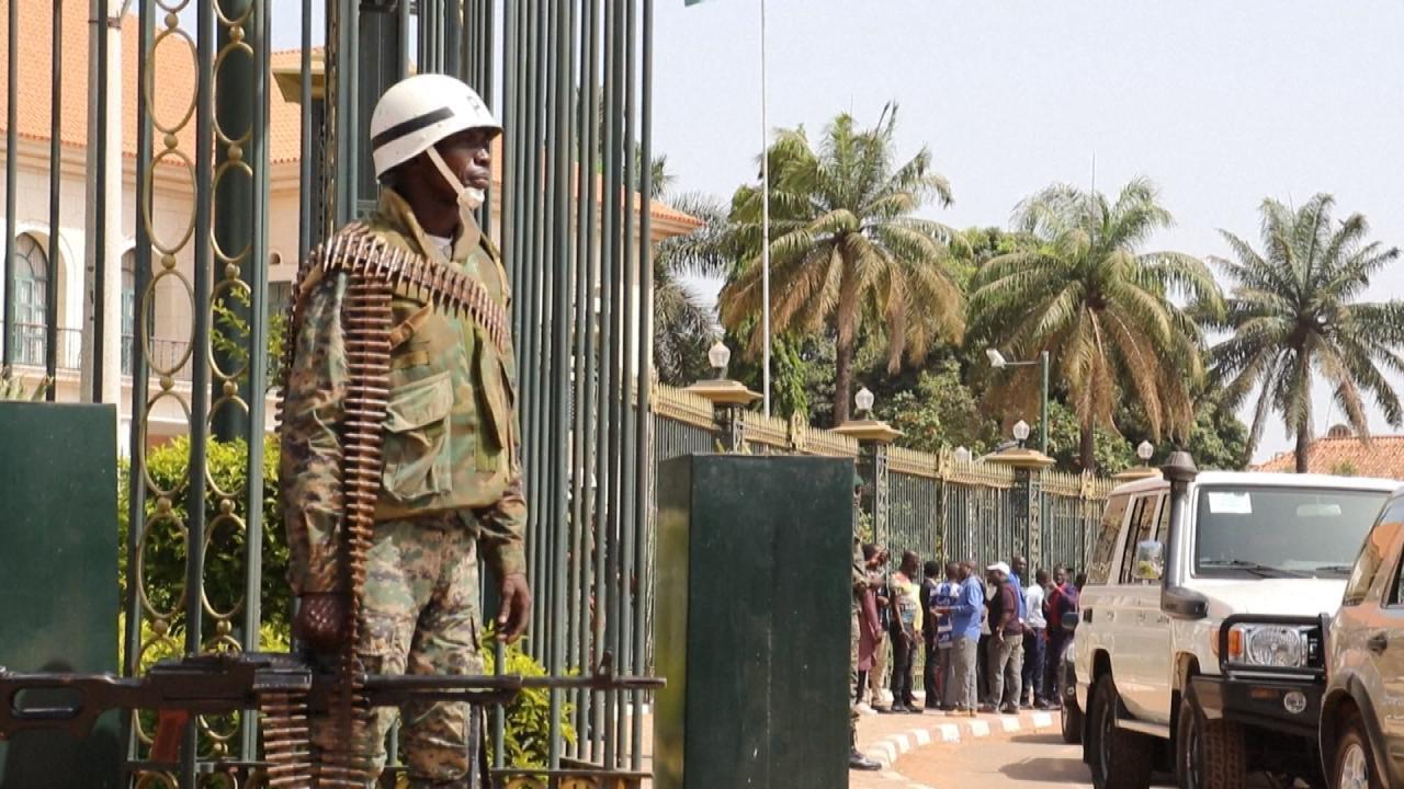 Crise politique en Guinée-Bissau : situation confuse après un week-end à deux présidents