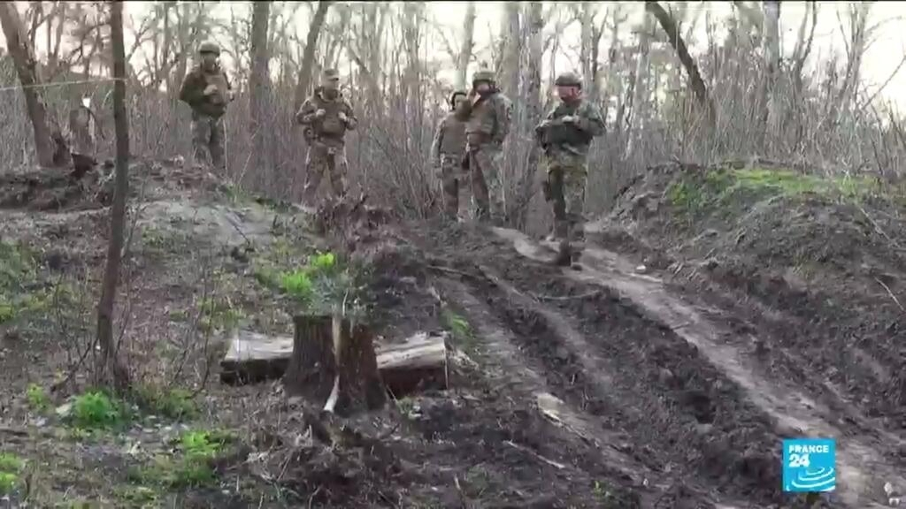 Ukrainian soldiers sceptical that Western sanctions will deter Russian troops