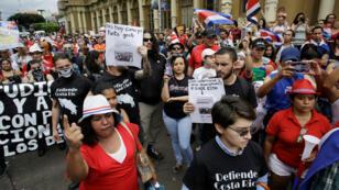 Costarricenses marcharon en San José en contra de la llegada de refugiados provenientes de Nicaragua. 2 de septiembre de 2018.
