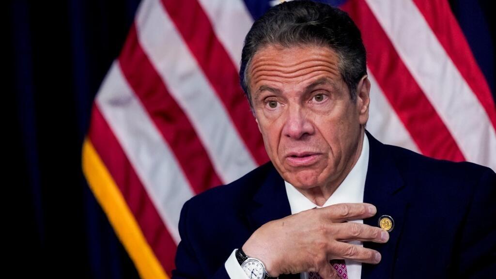 Archivo-El gobernador de Nueva York, Andrew Cuomo, durante una conferencia de prensa, en Nueva York, EE. UU., el 10 de mayo de 2021.