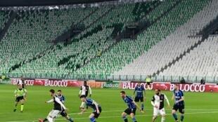 """(ARCHIVO)El club siete veces campeón de Europa anunció que """"en base a los resultados de los exámenes médicos realizados hasta el momento, no hubo casos de COVID-19 entre los jugadores del primer equipo y el cuerpo técnico""""."""
