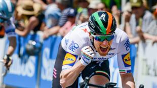 L'Irlandais Sam Bennett, vainqueur de la 1re étape du Tour Down Under, à Adelaïde, le 21 janvier 2020
