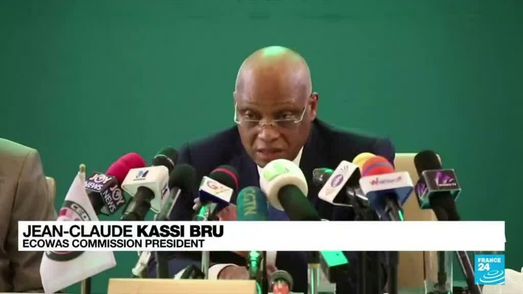 2021-09-17 08:07 ECOWAS calls for Guinea elections in six months, sanctions coup leaders