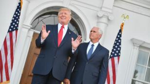 Donald Trump et le vice-président Mike Pence à Bedminster, dans le New Jersey, avant une réunion sur la sécurité nationale le 10 août 2017.