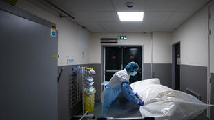 Deaths in ICUs have dropped sharply since the early part of the pandemic