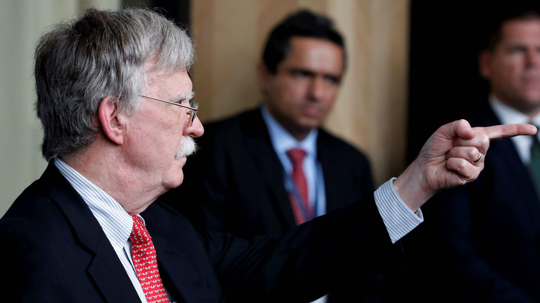 El asesor de Seguridad Nacional de la Casa Blanca, John Bolton, participa en la Conferencia Internacional por la Democracia en Venezuela celebrada en Lima, Perú, el 6 de agosto de 2019.