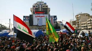 Des étudiants manifestant contre le gouvernement à Bagdad, en Irak, le 4 février 2020.