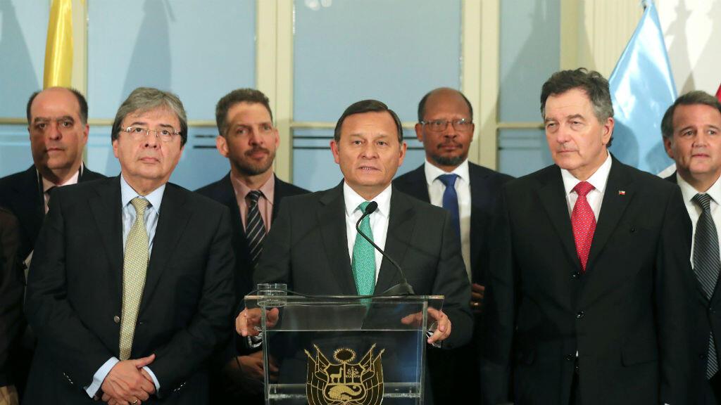 El Ministro de Relaciones Exteriores de Perú, Nestor Popolizio, hace declaraciones a los medios. 03 de mayo de 2019. Lima, Perú.