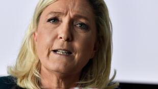 Marine Le Pen, le 16 juin 2020 à Dijon, lors d'une conférence de presse