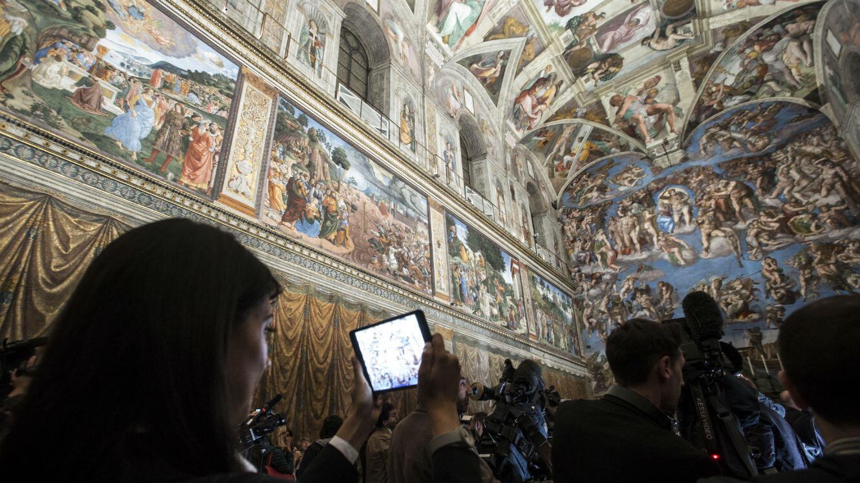 Inauguration d'un nouveau système d'éclairage de la chapelle Sixtine au Vatican, 2014.