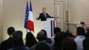 Emmanuel Macron à Orléans, jeudi 27 juillet, lors de son discours en marge d'une cérémonie de naturalisation.