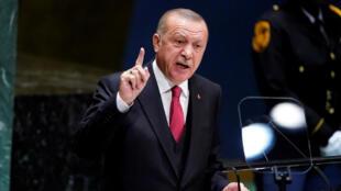 الرئيس التركي رجب طيب أردوغان يلقي كلمة في الدورة 74 للجمعية العامة للأمم المتحدة في مقر الأمم المتحدة في مدينة نيويورك