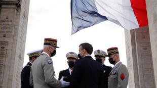 Macron-armée