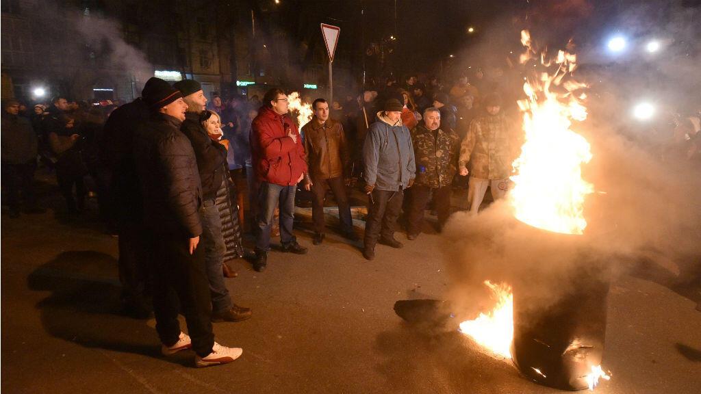 Des partisans de Mikheïl Saakachvili manifestent devant le centre de détention où se trouve l'opposant, le 8 décembre 2017, à Kiev.