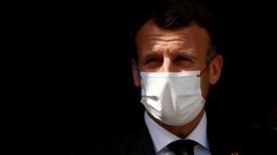 Macron (1)