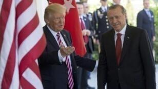 اللقاء بين ترامب وأردوغان خلال زيارة الأخير لواشنطن في 16 أيار/مايو 2017