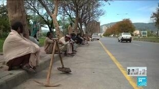 2020-04-08 14:13 Coronavirus lockdown: Daily workers struggle to make do in Pakistan