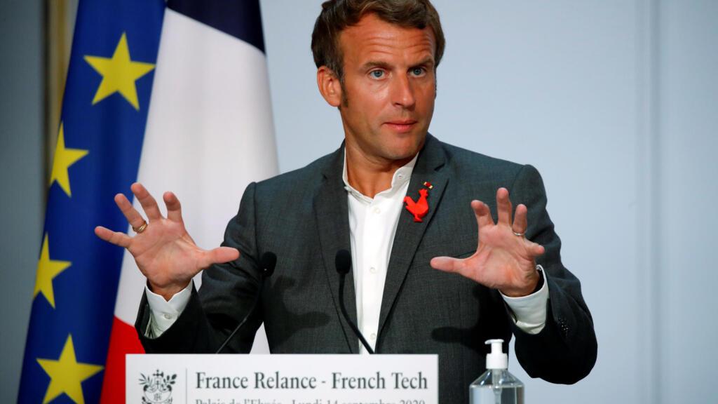 """Emmanuel Macron défend la 5G contre le """"modèle amish"""""""