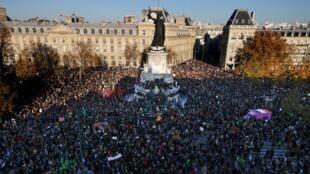 Manifestacion Paris 28 NOV