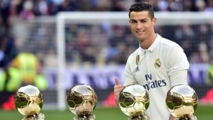 El goleador portugués del Real Madrid es el gran favorito para llevarse por quinta vez este galardón que entrega la revista France Football (Foto de archivo, 7 de enero de 2017).