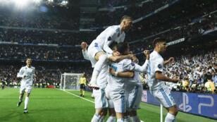 فرحة لاعبي ريال مدريد بعد تسجيل الهدف الثاني في مرمى بايرن ميونيخ. 2018/05/01.