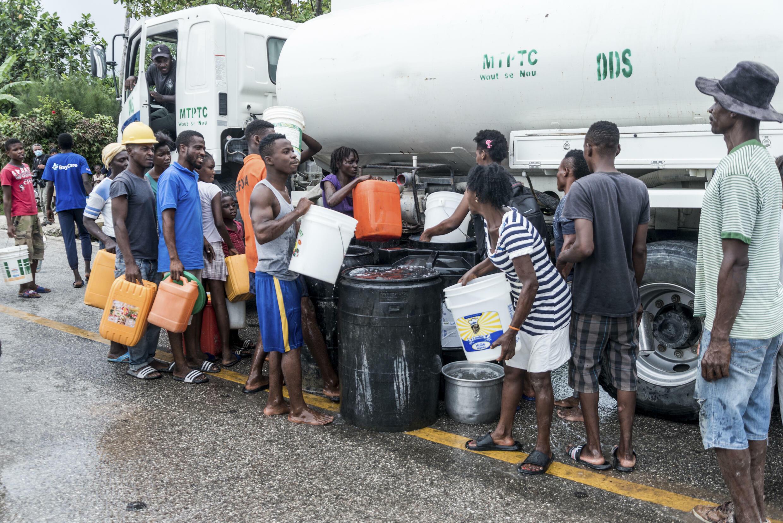 Haití necesita desde agua potable, alimentos y productos de higiene básicos, hasta medicinas, insumos y personal médico, equipamiento y apoyo logístico
