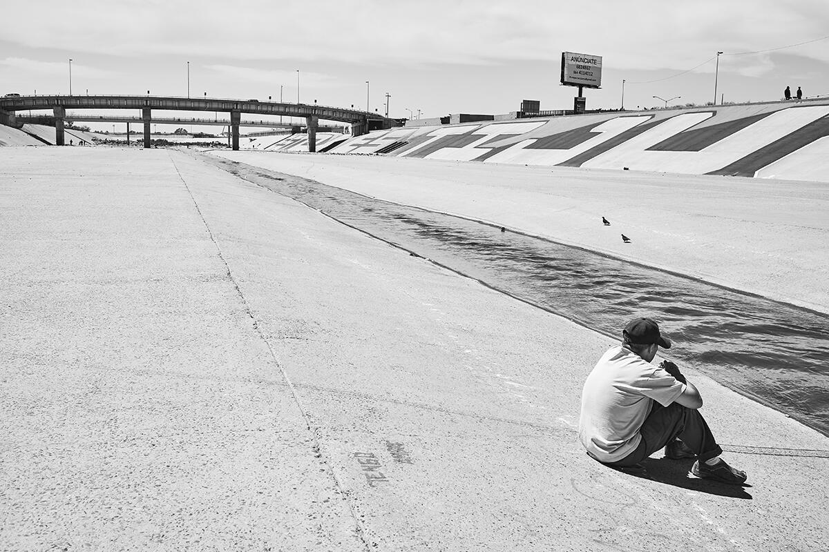 À Tijuana, beaucoup de migrants peuvent contempler leur rêve américain inacessible.