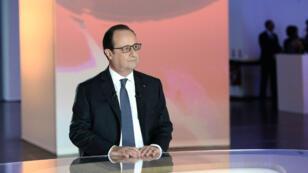 """""""Je réformerai tous les jours de mon mandat"""", a affirmé François Hollande."""
