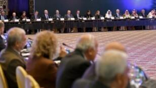 قوى المعارضة السورية خلال اجتماعها في الرياض في 22 تشرين الثاني/نوفمبر 2017