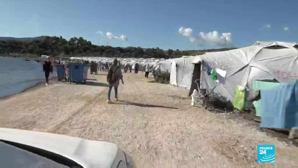 2020-10-12 09:11 Lesbos : camp de migrants d'urgence, des conditions sanitaires médiocres