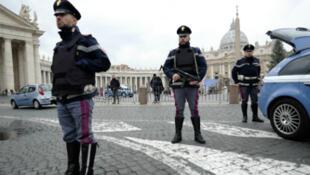 L'homme arrêté samedi 27 mars en Italie est suspecté d'avoir fourni de faux documents d'identité pour des membres du commando terroriste des attaques du 13 novembre.