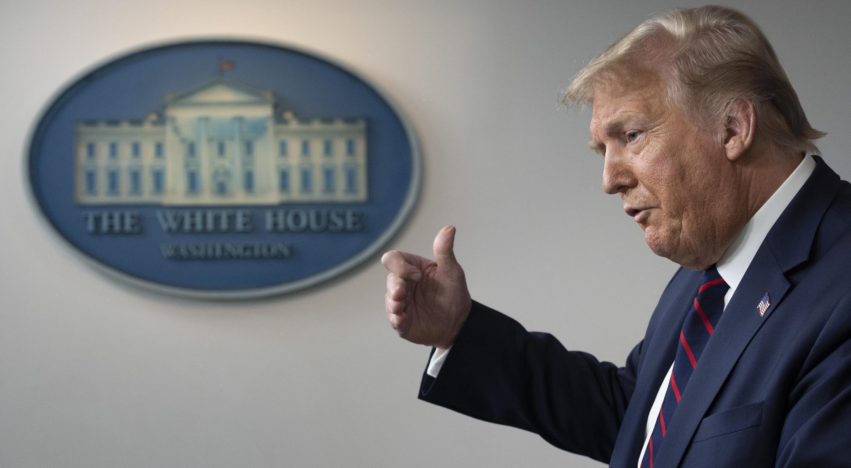 الرئيس الأميركي دونالد ترامب خلال مؤتمر صحفي في البيت الأبيض في 21 تموز/يوليو 2020.