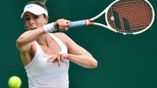 La Française Alizé Cornet lors du 2e tour du tournoi d'Eastbourne le 25 juin 2019
