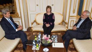 John Kerry, Catherine Ashton et Mohammad Javad Zarif à Vienne pour la dernière ligne droite des négociations sur le nucléaire iranien, le 22 novembre 2014.