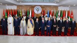الزعماء المشاركون في القمة العربية الثلاثين في تونس 31 مارس/آذار 2019.
