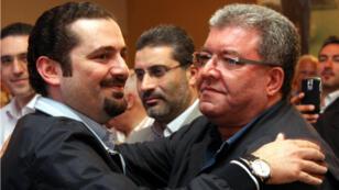 L'actuel Premier ministre Saad Hariri (à gauche), et le ministre de l'Intérieur Nohad Machnouk, le 9 juin 2009, à Beyrouth.