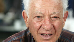 L'écrivain Martin Gray, le 6 novembre 2004 à Brive-la-Gaillarde, lors de la 23e édition de la Foire du livre de Brive.
