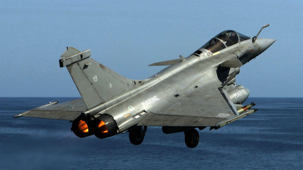 A French navy Rafale fighter jet takes off from the aircraft craft carrier Charles de Gaulle operating in the Gulf on February 25, 2015
