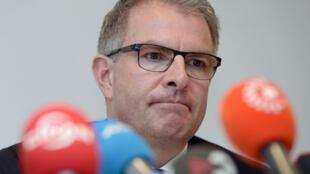 Le PDG de la Lufthansa Carsten Spohr s'adresse aux médias, le 26 mars 2015 à Cologne.