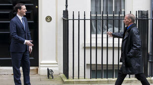 Le ministre des Finances britannique, George Osborne, a accueilli son homologue grec Yanis Varoufakis lundi 2 février 2015.