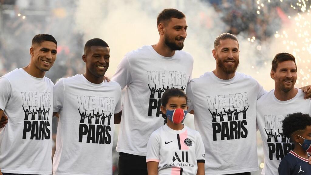 Messi et les recrues parisiennes ovationnées avant PSG-Strasbourg